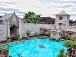 Nikmati Indahnya Istana Air Taman Sari