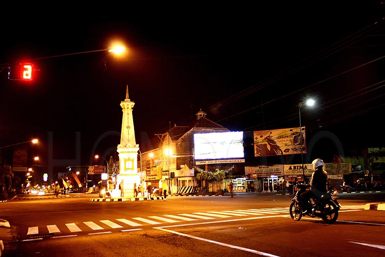 Wow Ini Pemandangan Kota Yogyakarta Di Malam Hari Sewa Rental Mobil Paket Wisata Jogja